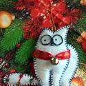 Simon's cat, Simon macskája karácsonyfadísz, ajándékkísérő, Dekoráció, Ünnepi dekoráció, Karácsonyi, adventi apróságok, Mindenmás, Varrás, Simon's cat, Simon macskája. Sokak által kedvelt cicahősről mintázott, kiváló kiegészítő ajándékhoz..., Meska