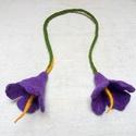 Lila virágos nemez hajdísz, Ékszer, Szépségápolás, Nemezelés, Különleges, egyedi hajba kötözhető virágos nemez kiegészítő, copfhoz, fonathoz. Hagyományos nemezel..., Meska