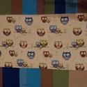 Baglyos patchwork  falvédõ, Baba-mama-gyerek, Gyerekszoba, Patchwork, foltvarrás, 55x 154 cm-es  a baglyos falvédő, színes kerettel  A falvédő bélelt, a töltet műszálas, 200 gr-os v..., Meska
