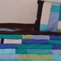 Puha polár ágytakaró párnával, plédszerű, varázslatos színkombinációban, Otthon, lakberendezés, Lakástextil, Párna, Takaró, ágytakaró, Ez a puha polár csíkokból készült takaró egy tini lány szobájába került. Mellé készült ..., Meska