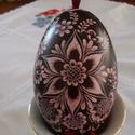 Karcolt liba tojás virágos díszitéssel, Dekoráció, Otthon, lakberendezés, Ünnepi dekoráció, Húsvéti díszek, Mindenmás, 100 százalékban kézzel készített, karcolt technologiával készült karcolt liba tojás. A tojást befes..., Meska
