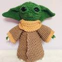 Horgolt Baby Yoda, Játék & Gyerek, Plüssállat & Játékfigura, Más figura, Horgolás, Star Wars legendás alakja a  Baby Yoda kicsiknek és nagyoknak,30 cm magasságban, horgolva, kabáttal..., Meska