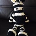 Zebra, Játék & Gyerek, Plüssállat & Játékfigura, Más figura, Horgolás, Varrás, Horgolt zebrácska , kb 50 cm nagyságban, ülő és fekvő helyzetben. , Meska