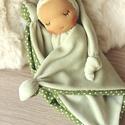 Alvómanó, a legkisebbek alvótársa, Sokféleképpen nevezik, alvómanó, rongyimanó, ...