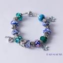 Csodaország - Pandora stílusú kék színekben pompázó charm karkötő, Ékszer, Karkötő, Kiváló minőségű muránói üveggyöngyökből, lámpagyöngyökből, fém gyöngyökből, és c..., Meska