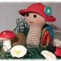 Horgolt csiga, Baba-mama-gyerek, Játék, Gyerekszoba, Játékfigura, Horgolt csigalány virágos kalapban, szivárványos házikóban.  Minőségi pamut fonalakból készült, apró..., Meska
