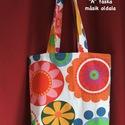 """""""Virágos"""" táska, Táska, Szatyor, Válltáska, oldaltáska, Élénk színű, virágmintás táskák retró hangulatban...  Nyomottmintás, törtfehér színű, ..., Meska"""