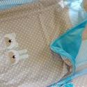 Applikált BABATAKARÓ és párna, kék-bézs, Gyerek & játék, Gyerekszoba, Falvédő, takaró, Baba-mama kellék, Egyedi babatakaró és hozzá illő lapos párnácska, a Bear&Bunny sorozat saját tervezésű maci és nyuszi..., Meska