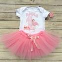 Szülinapi babaruha, tütüs szett, rózsaszín flamingó, Táska, Divat & Szépség, Gyerek & játék, Gyerekruha, Ruha, divat, Gyerek (1-10 év), Egyedi öltözet a nagy napra!  Kétrészes tütüs szett szülinapra, fotózáshoz: 1. Fehér alapszínű, 100 ..., Meska