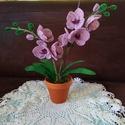Orchidea gyöngyből , Ezt a különleges lepkeorchideát drót és 2 mm-...