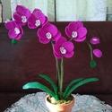 Orchidea gyöngyből, A virág 2 mm-es kásagyöngyből készült. A 4 d...