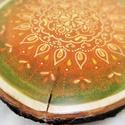Zöld-narancs mandalás fakorong, Otthon & lakás, Dekoráció, Lakberendezés, Festett tárgyak, Ez a 19 cm-es cseresznyefa korongra festett mandala zöld-narancs színeivel a nyarat idézi. A festés..., Meska