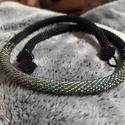 Fekete, irizálóezüst nyaklánc, 50 cm hosszú fekete, irizáló ezüst szín páro...