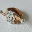 """Mandala parafa gyűrű, Ékszer, Képzőművészet, Gyűrű, Vegyes technika, Állítható méretű parafa gyűrű mandala mintával. A """"zsinórok"""" két vége csúsztatható, ezért a gyűrűt k..., Meska"""