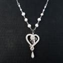 Silver Love nyaklánc, Ékszer, óra, Esküvő, Nyaklánc, Esküvői ékszer, Ékszerkészítés, Ötvös, Teklagyöngyökkel díszített nyaklánc, szív alakú medállal, melynek közepén egy rózsa helyezkedik el...., Meska