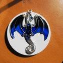 Blue Dragon medál, Ékszer, óra, Medál, Ékszerkészítés, Ötvös, Sárkányt ábrázoló, különleges drótékszer medál. Egyedi, saját technikával készült, bármilyen színbe..., Meska