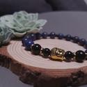 Buddha ásvány karkötő, Ékszer, Karkötő, Ékszerkészítés, Gyöngyfűzés, Műszerrel bevizsgált, minőségi lapisz lazuli és achát gyöngyökből készült egyedi karkötő, arany szí..., Meska