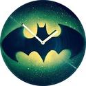 Bakelit Óra Batman - MarNemSoul Collection, Otthon, lakberendezés, Férfiaknak, Falióra, Legénylakás, Festészet, Újrahasznosított alapanyagból készült termékek, Régi, nem használatos bakelitlemezből készítettem. A festmény rajta street art stílusú, stencil-tec..., Meska