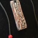 Faerezett kerámia ékszer, Ékszer, Nyaklánc, anyagból téglalapot készítettem amibe faerezetes mintát készítettem. Piros és a fekete engób kevered..., Meska