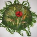 Pipacsos falinemez, Képzőművészet, Textil, Nyarat idéző üde zöld gyapjúból kézzel készült falinemez a Pipacs szerelmeseinek.  Mérete ..., Meska