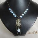Holdhercegnő - opalit köves bronz nyaklánc, Ékszer, Nyaklánc, Sejtelmes fényű opalit gyöngyöket, női fej formájú medálalapot és bronz alkatrészeket hasz..., Meska