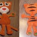 piros-cica kollekció - narancssárga, Baba-mama-gyerek, Játék, Gyerekszoba, Plüssállat, rongyjáték, Baba-és bábkészítés, Varrás, ?Piros-cica? kollekció is a gyerkőcöktől indult. Kívánságuk az volt, hogy piros legyen, nagyfejű és..., Meska