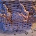 Húsvéti dekoráció, Dekoráció, Ünnepi dekoráció, Húsvéti apróságok, Most húsvéti dekorációnak nyuszikat és tojásokat készítettem. A csomag 3 db nyuszit és 3 db..., Meska
