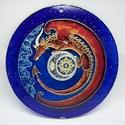 Vörös világsárkány, Dekoráció, Férfiaknak, Kép, Legénylakás, Festészet, Üvegművészet, Világok őrzője... Vagy akár a kis privát kuckónké... :)   Kézzel vágott-csiszolt, 20,5 cm-es üvegla..., Meska