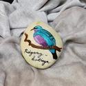 Ridgeway cotinga, Dekoráció, Otthon, lakberendezés, Dísz, Festett tárgyak, Festészet,  Dunai folyami kavicsra festett, élénk színekben pompázó madárka... Akár levélnehezéknek is...   A ..., Meska