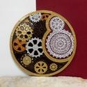 Steampunk-csipke mandala, Dekoráció, Otthon, lakberendezés, Kép, Falikép, Festészet, Üvegművészet, Kézzel vágott-csiszolt, 25 cm-es üveglapra, saját minta alapján festett mandala. Elsőre furcsának t..., Meska