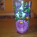 Kézzel festett üveg váza ., Dekoráció, Magyar motívumokkal, Dísz, 16 cm magas kis váza ,eredeti kalocsai minta alapján körbe futó mintával díszítettem .Száradás után ..., Meska