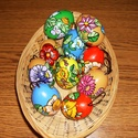 10 db kézzel festett műanyag tojás ., Magyar motívumokkal, Dekoráció, Festett tárgyak, Több színű kézzel festett tojások ,lakkozással fixálva ., Meska