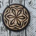 Mandala 1, Dekoráció, Képzőművészet, Otthon, lakberendezés, Dísz, Pirográf, faégetéses technikával készült mandala alkotás. Méret: 9cm kör alakú, 3mm vastag..., Meska