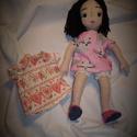 """Öltöztetős textilbaba hímzett arccal, Játék, Mindenmás, Plüssállat, rongyjáték, Ezt a babát """"játszós"""" babának készítettem. Teste textilből van varrva, kézzel és géppel. Arca hímzet..., Meska"""