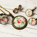 Vintage virágos szett-ajándék mini fülbevalóval, Egy vintage hangulatú, kék háttéren virágcsok...