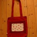 Piros szatyor, Táska, Szatyor, Piros szatyor virág mintával. Hosszú vállpánttal készült.    Anyaga: pamut Méret: 30x32 cm M..., Meska
