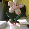 kislány virág, Dekoráció, Otthon, lakberendezés, Egy virág amelyik soha nem hervad el. A virágot pamut anyagból varrtam és vatelinnel tömtem ki,..., Meska