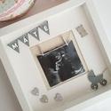 Dekor babakép, Otthon & Lakás, Dekoráció, Képkeret, Mindenmás, Bájos egyedi, apró 3D dekor elemekkel díszített képkeret babád első ultrahang képéhez, vagy bármely..., Meska
