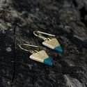 Arany-türkiz háromszög BRékszer fülbevaló, Ékszer, óra, Fülbevaló, Ha szereted a geometrikus ékszereket. Ha szimbólum alapján választasz - nőiség, befogadás, földi ene..., Meska