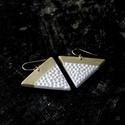 Fehér- Arany háromszög BRékszer fülbevaló, Ha szereted a geometrikus ékszereket. Ha szimból...