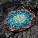 Kerámia  Mandala lakásdekoráció, Dekoráció, Képzőművészet, Napi festmény, kép, Egyedi, kézzel készült, karcolt mintás  Mandala dekoráció falra vagy asztalra. A hátán öntapadós vék..., Meska