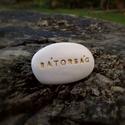 BÁTORSÁG - Kerámia Üzenetkavics, Dekoráció, Otthon, lakberendezés, Legyél egyedi minden pillanatban!  Válassz a meglévő feliratokból vagy találd ki saját üzenetedet  é..., Meska