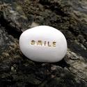 SMILE - Kerámia Üzenetkavics, Dekoráció, Otthon, lakberendezés, Legyél egyedi minden pillanatban!  Válassz a meglévő feliratokból vagy találd ki saját üzenetedet  é..., Meska