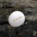 FAITH - Kerámia Üzenetkavics, Dekoráció, Otthon, lakberendezés, Ékszerkészítés, Kerámia, Legyél egyedi minden pillanatban!  Válassz a meglévő feliratokból vagy találd ki saját üzenetedet  ..., Meska