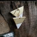 Fehér - Arany  háromszög BRékszer fülbevaló, Ékszer, Fülbevaló, Ha szereted a geometrikus ékszereket. Ha szimbólum alapján választasz - nőiség, befogadás, földi ene..., Meska