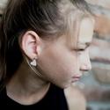 Mini szív - Gyöngyház fülbevaló, Ékszer, Szerelmeseknek, Fülbevaló, Ha szolid, de cuki darabokat szereted, ez igazán neked való. Mini szívecske gyöngyház színben, ezüst..., Meska