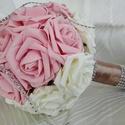 Habrózsa csokor, Dekoráció, Csokor, Virágkötés, Gyönyörű habrózsákból készítettem ezt a gömbcsokrot. Összesen 20 fej rózsát tettem rá, a amelyet sz..., Meska