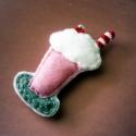 My/Your Milkshake kitűző, Az Én/Te tejturmixod kitűző formájában! :) S...