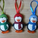 Filc pingvin karácsonyfadísz , Dekoráció, Ünnepi dekoráció, Karácsonyi, adventi apróságok, Karácsonyfadísz, Varrás, Kézzel varrt, karácsonyi pingvinek. Arcukat kevés pirosító teszi pirossá.  Az ár a 3db-ra vonatkozi..., Meska
