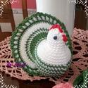 Horgolt tyúk - tojásmelegítő, Dekoráció, Ünnepi dekoráció, Húsvéti apróságok, Horgolás, Ezt az kedves húsvéti díszt, amit tojásmelegítőként is lehet hasznosítani, horgolással készítettem...., Meska
